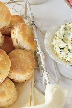 Our Favorite Biscuit Recipes: Quick Buttermilk Biscuits