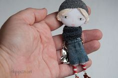 Awesome Etsy listing at https://www.etsy.com/pt/listing/254643581/brooch-art-doll-mixed-media-collage-gift