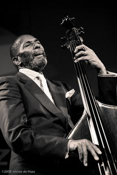 Ron Carter is an American jazz double bassist. His appearances on over 1100 recording sessions make him the second most-recorded jazz bassist in history, after Milt Hinton. Sound Of Music, Music Is Life, Good Music, My Music, Music Songs, Soul Jazz, Jazz Artists, Jazz Musicians, Smooth Jazz