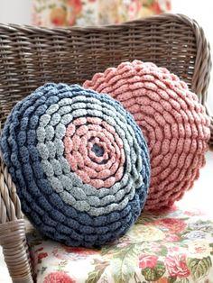 Cabbage Rose Cushions | Yarn | Free Knitting Patterns | Crochet Patterns | Yarnspirations