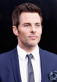 James Marsden Is One of the Best Actors of His Generation. Why Hasn't Hollywood Noticed? West Hollywood, Old Hollywood Stars, Hollywood Actor, Golden Age Of Hollywood, Classic Hollywood, Logan Lerman, Chuck Norris, George Clooney, Famous Men