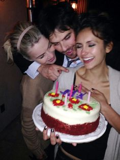 """Nina Dobrev celebrated her birthday with Ian Somerhalder and Julianne Hough on Thursday. """"The Vampire Diaries"""" creator Kevi. Vampire Diaries Poster, The Vampire Diaries 3, Vampire Diaries Wallpaper, Vampire Diaries The Originals, Damon Salvatore Vampire Diaries, Ian Somerhalder Vampire Diaries, Ian Somerhalder Birthday, Damon Y Elena, Ian E Nina"""