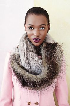faux fur scarf #anthrofave  http://rstyle.me/n/sz3j9pdpe