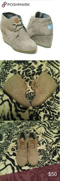 🌷TOMS Marocoon Suede Desert Wedges Very cute  TOMS wedges ,size 6, taupe color,in good condition, lite ware as you can see in picture on heels.smoke free an pet free home. Tom's Shoes Ankle Boots & Booties