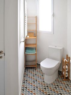 The budget to renovate this apartment in Valencia was tight but the result is great. The two terraces help to articulate the space and bring light to the different rooms. The small kitchen is now i… Valencia, Hexagon Tiles, Nordic Style, Great Rooms, Decorating Your Home, Toilet, Sweet Home, New Homes, Interior Design