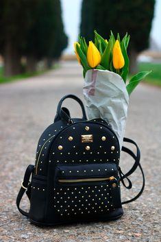 @bagail.com #bagail #backpack #tulips #maylovefashion