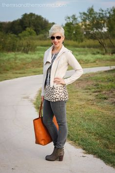 #CAbi - Head over heels with our Fall Collection? Blogger Kristen Jensen, of The Mrs. & The Momma, is too! Check out the chic CAbi outfit she put together.