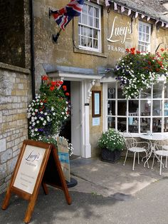 Lucy's Tea Room, Stow On The Wold, Gloucestershire.  ASPEN CREEK TRAVEL - karen@aspencreektravel.com