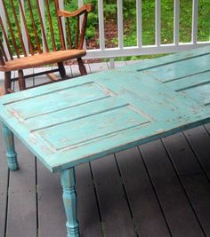 Porch coffee table...now all I need is the shabby chic cabin in the woods.