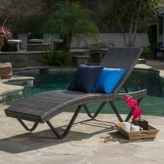 San Marco Outdoor Wicker Chaise Lounge By Christopher Knight Home (Grey), Patio  Furniture (Aluminum)