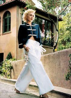 Gwen Stefani - Vogue 2004