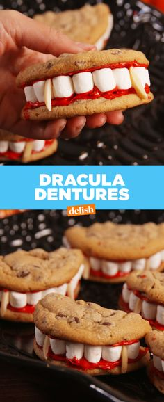 Dracula Dentures Are A Halloween Party MUST fantasias boneca Halloween Desserts, Halloween Appetizers, Halloween Food For Party, Halloween Cookies, Baby Halloween, Halloween Dinner, Scary Halloween Treats, Halloween Eyeballs, Halloween Tombstones