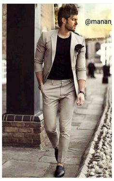 Mens Casual Dress Outfits, Mens Casual Suits, Blazer Outfits Men, Dress Suits For Men, Formal Men Outfit, Mens Fashion Blazer, Stylish Mens Outfits, Suit Fashion, Blazers For Men Casual