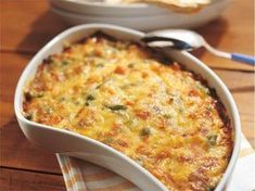 Helppo kasvisgratiini Vegetable Recipes, Vegetarian Recipes, Healthy Recipes, Good Food, Yummy Food, Food Goals, Easy Cooking, Macaroni And Cheese, Food And Drink