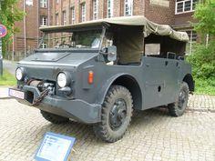 История. 1954 Saurer MH4 Mini Trucks, Old Trucks, Army History, Jeep 4x4, Car Wheels, Cars And Motorcycles, Military Vehicles, Techno, Antique Cars