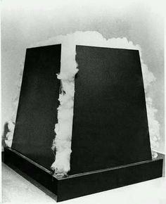 Jannis Kounellis, struttura con cotone
