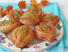 """""""Allah'ım! Bedenime sağlık ver, gözüme sağlık ver, sağlığı benim varisim kıl. Halîm ve kerîm olan Allah'tan başka ilah yoktur. Ulu arşın sahibi Allah'ı noksan sıfatlardan tenzih e… Snack Recipes, Snacks, World Recipes, Cantaloupe, Yogurt, Muffin, Chips, Food And Drink, Pudding"""