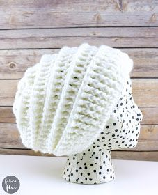 Fiber Flux: Quick Gift Slouch Hat (12 Weeks of Gifting Series), Free Crochet Pattern + Video Crochet Slouchy Hat, Crochet Beanie Pattern, Crochet Patterns, Slouch Hats, Knitting Patterns, Loom Knitting, Free Knitting, Stitch Patterns, Knitting Hats