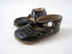 darling #antique #shoes #baby #child #mary #janes