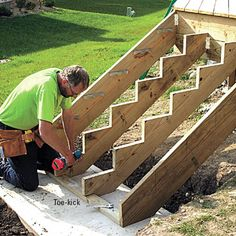 Building Stairs - Sloped Site Decks - How to Design & Build a Deck. DIY Advice