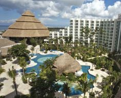 Park Royal Cozumel #travel Cozumel Mexico, Mexico Vacation, Places Ive Been, Caribbean, Beautiful Places, Hotels, Mexican, Patio, Heart