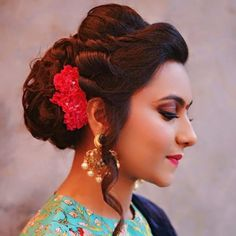 Shaadi Bazaar On Instagram We Re Crushing This Twisty Updo See Many More Ideas For Your Hair Our Blog Link In Profile