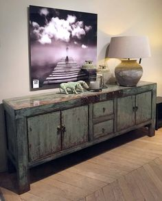 Furniture Projects, Furniture Design, Asian Inspired Decor, Living Room Decor, Living Spaces, Antique Chinese Furniture, Tv Cabinets, Painted Furniture, Interior Design