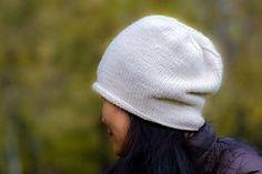 Ravelry: ouna's Cloche. Теплая, толстая шапка бини. Размер: 57-59см.