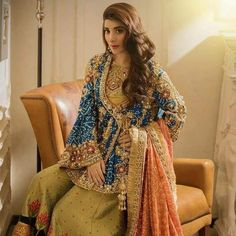 Latest Asian Bridal Mehndi Suits For Yr 19 Collection With Price Tag Pakistani Bridal Couture, Pakistani Party Wear, Pakistani Wedding Outfits, Pakistani Dresses, Indian Dresses, Pakistani Gharara, Pakistani Mehndi Dress, Walima, Bridal Outfits