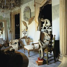 Eye For Design: Decorate Your Interiors With Classical Statuary Greige, Interior Inspiration, Design Inspiration, Main Image, Boho Home, Antique Interior, Interior Decorating, Interior Design, Decorating Ideas