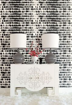 Powder Room Schumacher Queen of Spain Wallpaper Black
