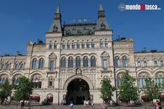 La splendida facciata dell'edificio fine '800 dei #grandimagazzini #GUM che dà sulla #piazzarossa