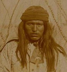 Yanozha, brother of Geronimo. Geronimo was born to the Bedonkohe band of the Apache, near Turkey Creek, a tributary of the Gila River in the modern-day state of New Mexico, then claimed by Mexico. His grandfather (Mahko) had been chief of the Bedonkohe A Native American Photos, Native American History, Native American Indians, American Art, Native Americans, Native Indian, Apache Indian, Pics Art, First Nations