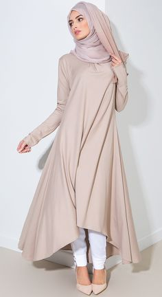 awesome Aab: Contemporary Modest Wear, Abayas, Jilbabs and Hijabs Kurtis & Long Tops. Hijab Fashion 2016, Muslim Women Fashion, Islamic Fashion, Abaya Fashion, Modest Fashion, Fashion Outfits, Fashion Ideas, Modest Wear, Modest Outfits