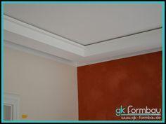 Lichtvoute mit Schattenfuge aus Gipskarton Hide Wires, Drywall, Home Decor, Tv, Gypsum Ceiling, Indirect Lighting, Residential Lighting, False Ceiling Design, Plaster Board