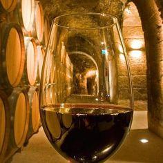 Los mejores vinos dulces de la Denominación de Origen Málaga, (ES)    La provincia elabora algunos de los mejores dulces 'made in Spain' gracias a sus viñas moscatel y Pedro Ximénez