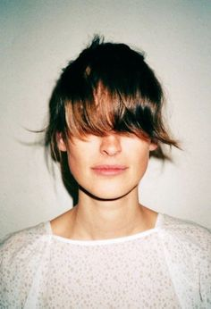 how to cut a straight fringe yourself