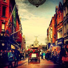 Beginning to look a lot.... #graftonstreet #dublin #christmas #santa - @SimplyZesty- #webstagram