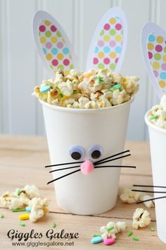 Your kids will love making these Easter Bunny Cups and filling them with a tasty Bunny Bait snack.