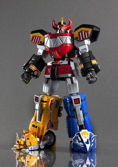 Bandai Tamashii Nations Super Robot Chogokin Megazord Mighty Morphin Power Rangers, via Flickr.