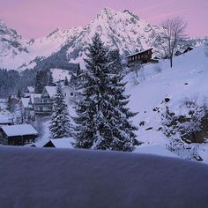 Head on over to our friend @bfilmhenrik for more amazing travel photos! Engelberg, Switzerland #TourThePlanet