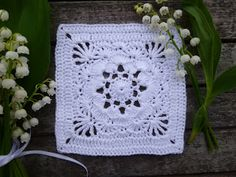 crochet squares on pinterest 100 pins. Black Bedroom Furniture Sets. Home Design Ideas