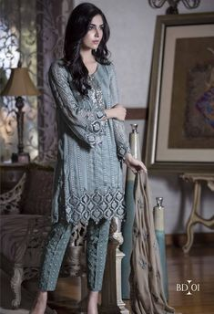 Maria B Embroidered Chinese Chiffon Luxury Dresses Catalog 2016-17.Maria b chiffon 2016 – what will be most female and extreme style wear than Embroidered Chiffon fabric by originator Maria b…