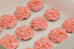 Buttercream Flower cupcakes by Cake O'Clock, via Flickr