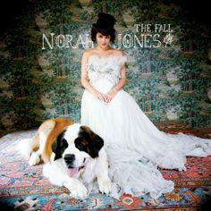 Norah Jones - Chasing Pirates - YouTube
