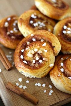 Kanelbullar are traditional little Swedish buns that are topped with softened butter, sugar and cinnamon.
