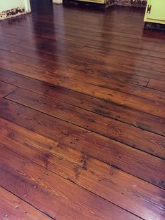 Using a Verathane EZ-V Sander and Refinishing Wood Floors - Wide Plank Pine - Before and After Photos too!
