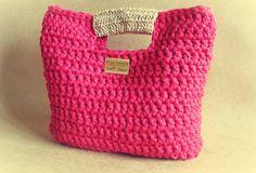 Aprendiz de Crocheteiras: Bolsa Vermalha com Alça de Rami - Minhas Criações