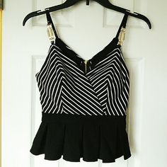 Sexy Crop top !!! No trades  Like this list---> make an offer---> you might get a chance to get free shipping Tops Crop Tops