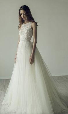 Wedding Dress: Ersa Atelier